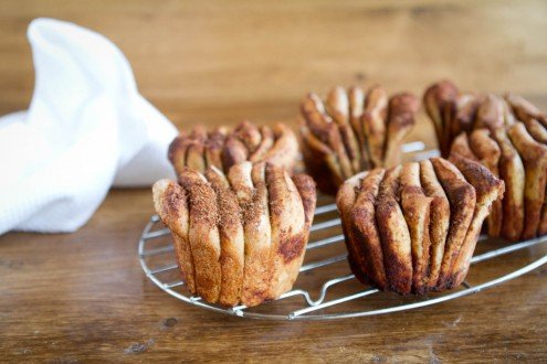 Cinnamon Pull-Apart Fantails | Naturally Ella