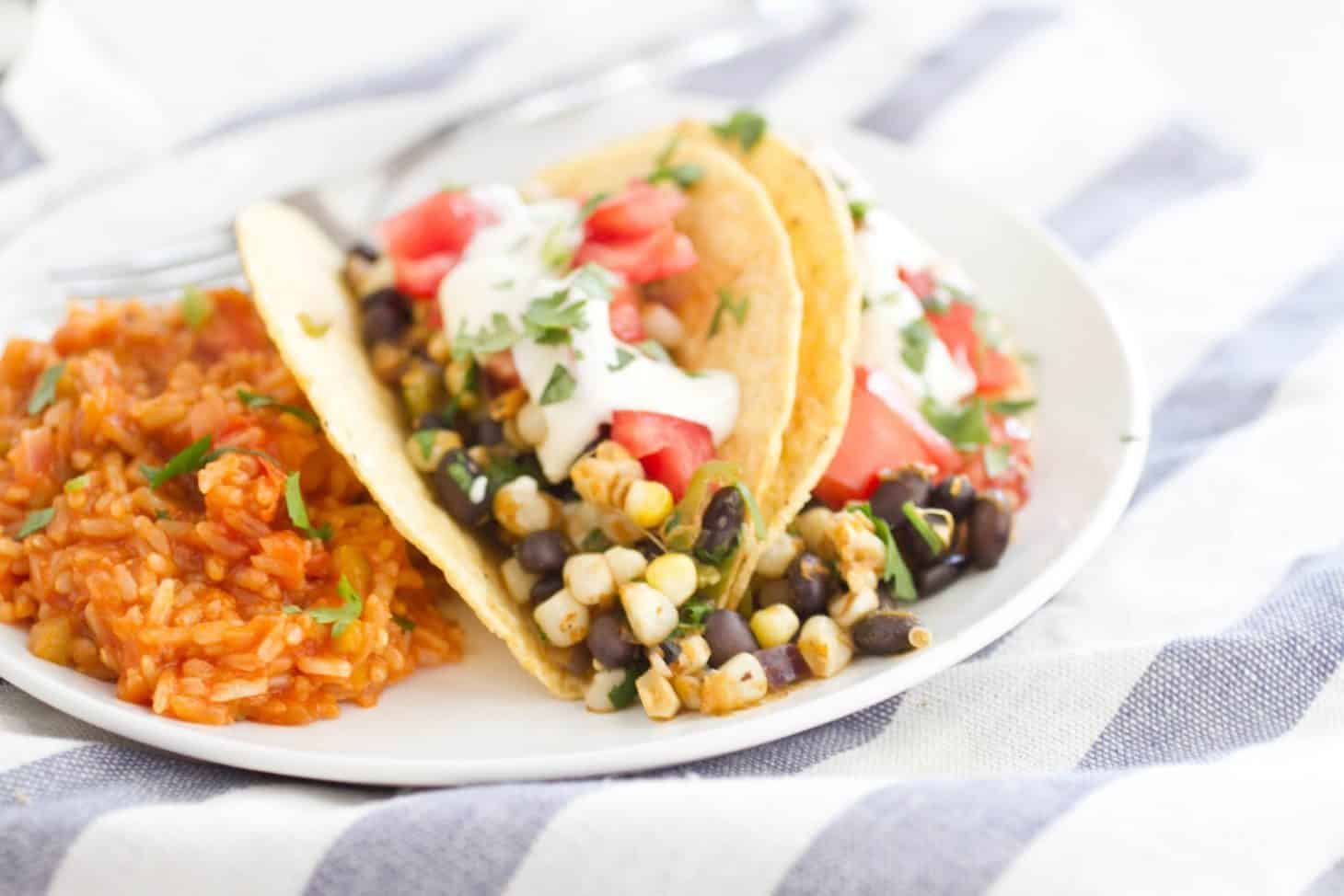 black bean tacos slow cooker tomatillo chicken and black bean tacos ...