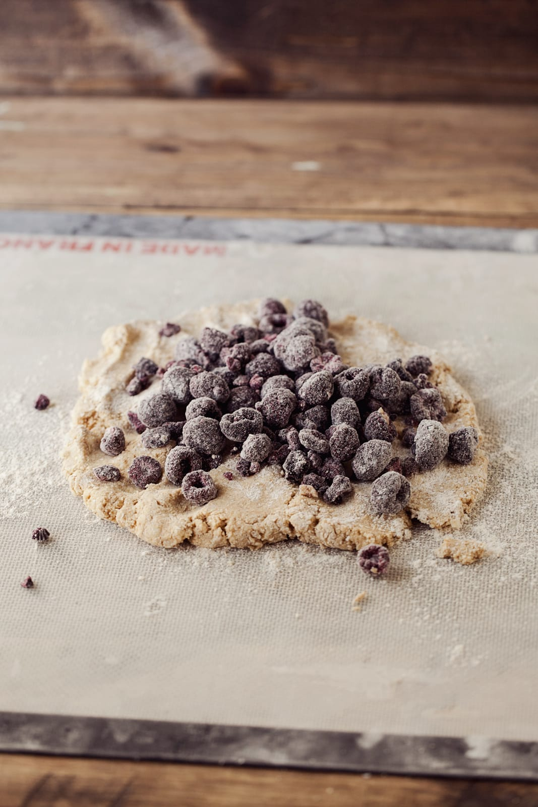 Black Raspberry Oat Scones