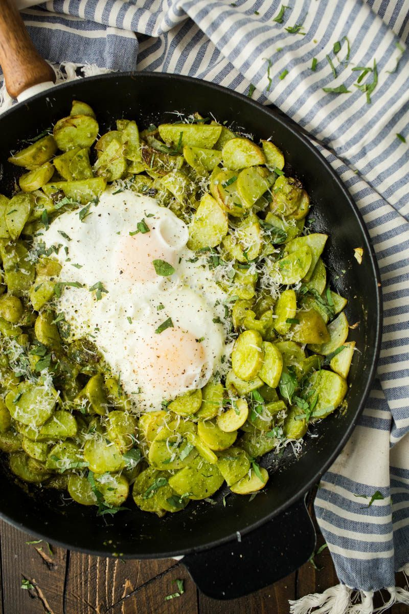 Egg Pesto Potato Skillet | http://naturallyella.com