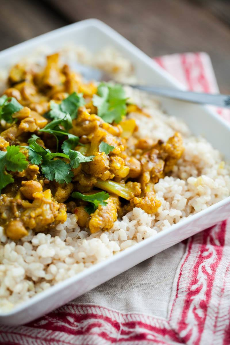 Chickpea Curry with Cauliflower | http://naturallyella.com