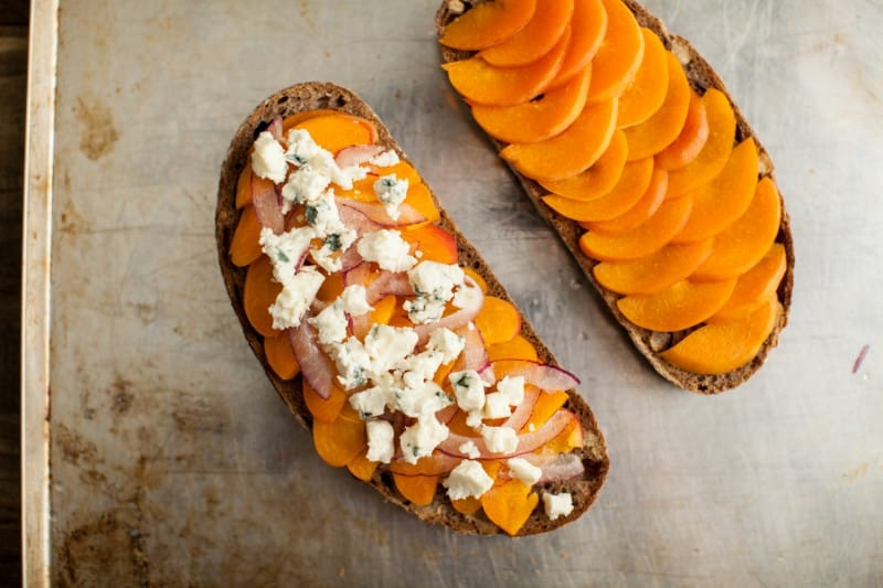 Apricot, Blue Cheese, and Honey Toast