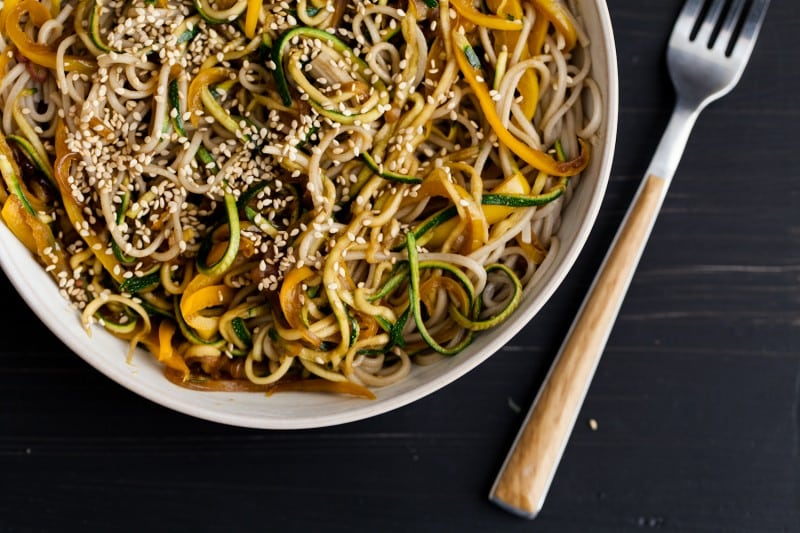 Garlic Soba and Zucchini Noodles  | http://naturallyella.com