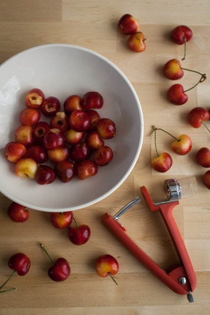 Pitted Rainier Cherries