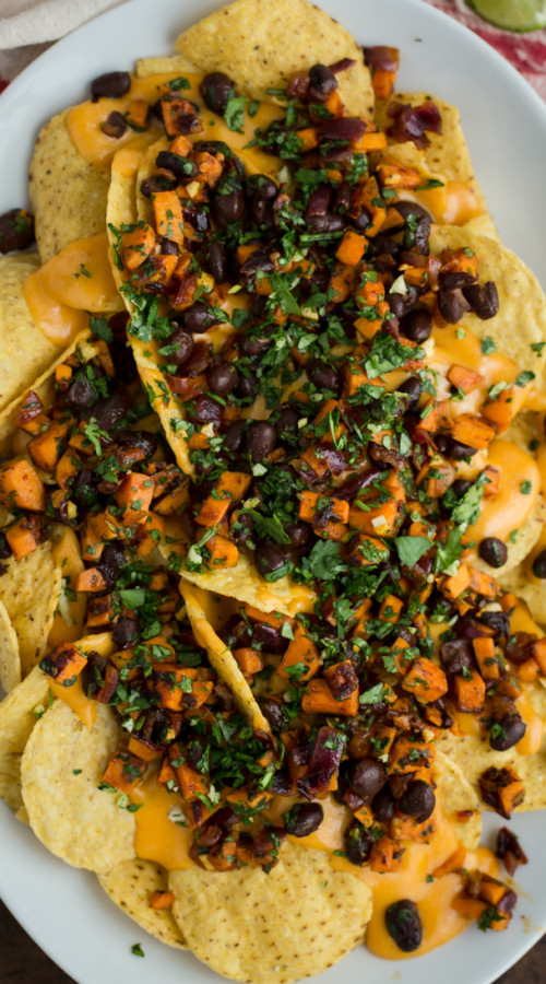 Chipotle Sweet Potato and Black Bean Vegetarian Nachos | @naturallyella