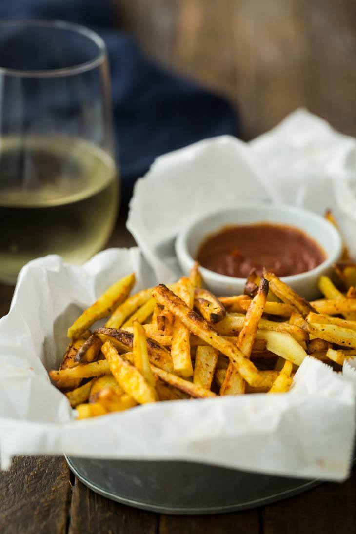 Crispy Baked French Fries with Curried Ketchup