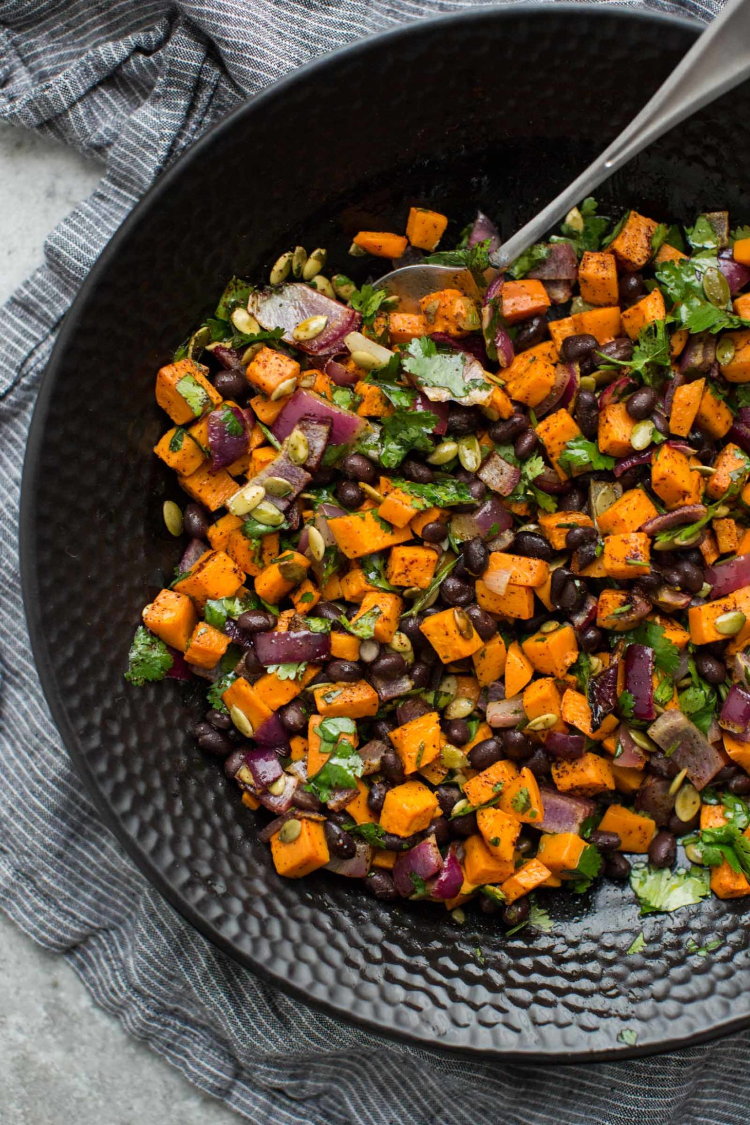 Black Bean Salad with Roasted Sweet Potatoes | Vegetarian Picnic Recipes