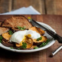 Roasted Garlic Sweet Potatoes with a Poached Egg