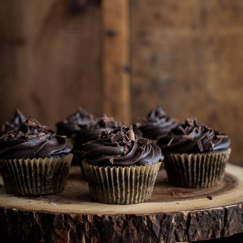 Chocolate Beet Cupcakes with Chocolate Mascarpone Frosting   Naturally Ella