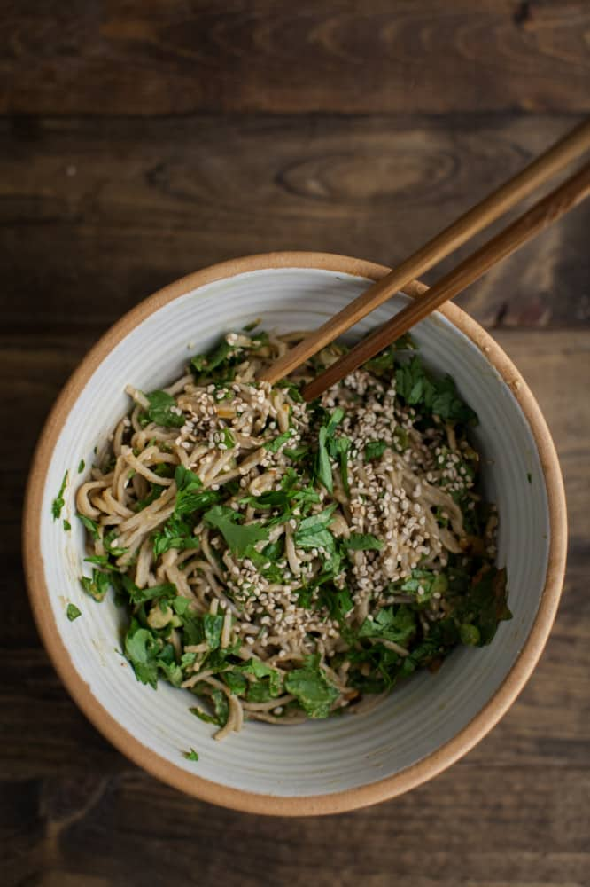 Spinach Soba Bowl with Peanut Sauce | @naturallyella