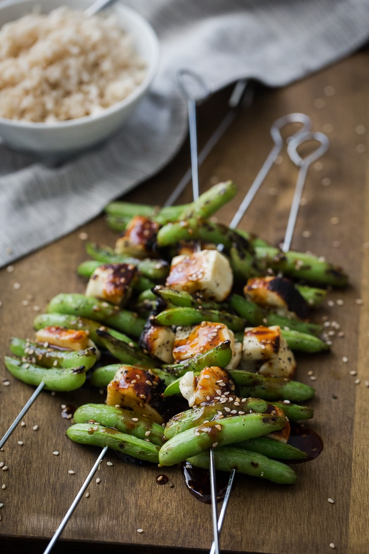 Halloumi and Sugar Snap Pea Skewers | @naturallyella