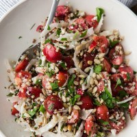 Quinoa, Fennel, and Cherry Salad | http://naturallyella.com