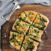 Roasted Broccolini Flatbread