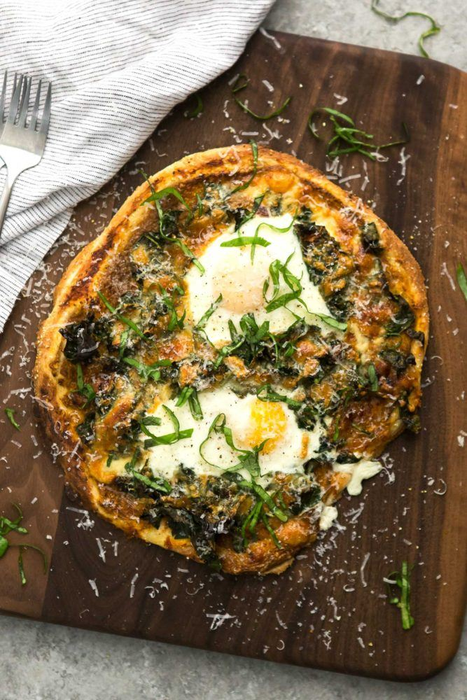 Garlicky Kale Pizza