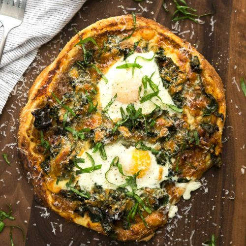 Garlicky Kale Pizza with Eggs | @naturallyella