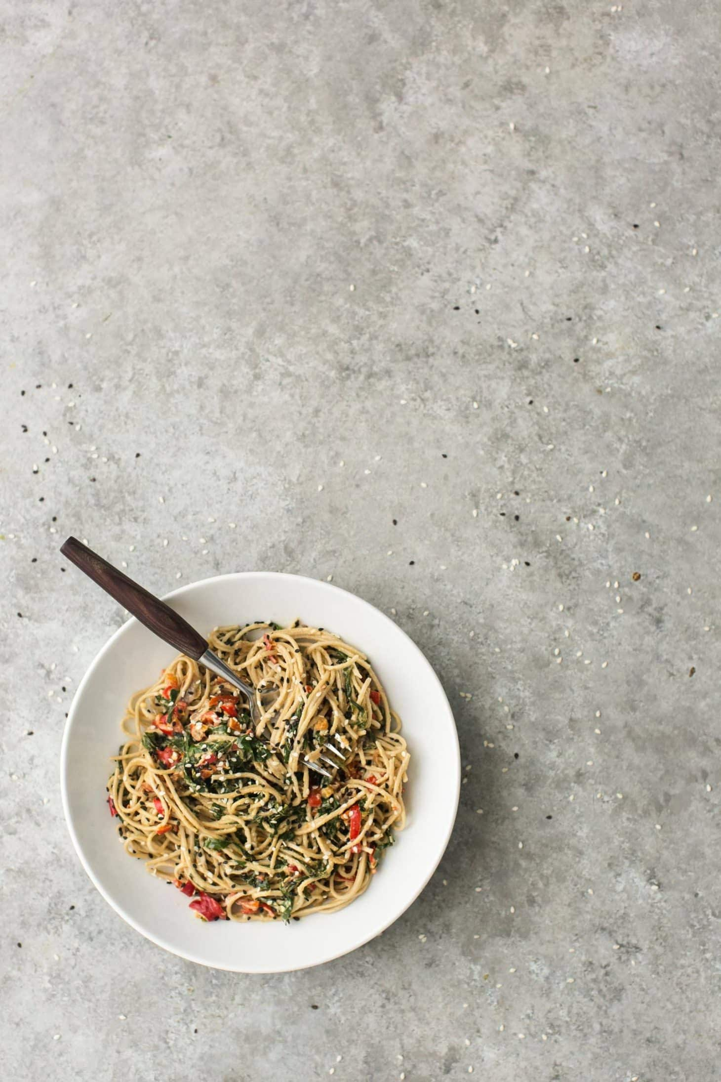 Tahini Noodle Bowl with Collards and Red Peppers | @naturallyella