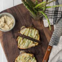 Asparagus Toast with Hummus and Havarti Cheese