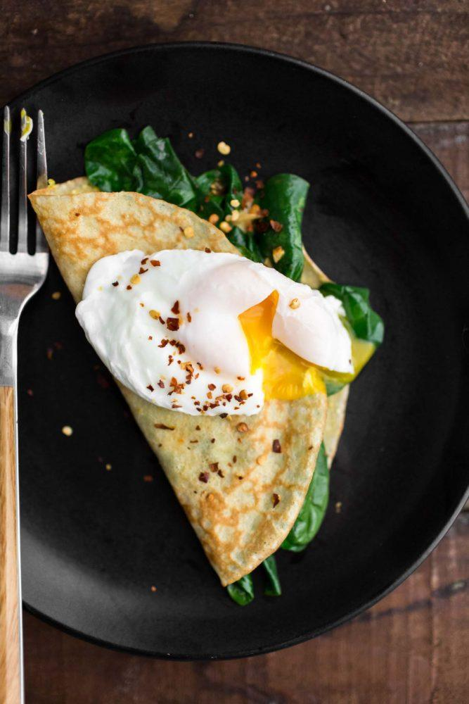 Garlicky Spinach Cornmeal Crepes | Naturally Ella
