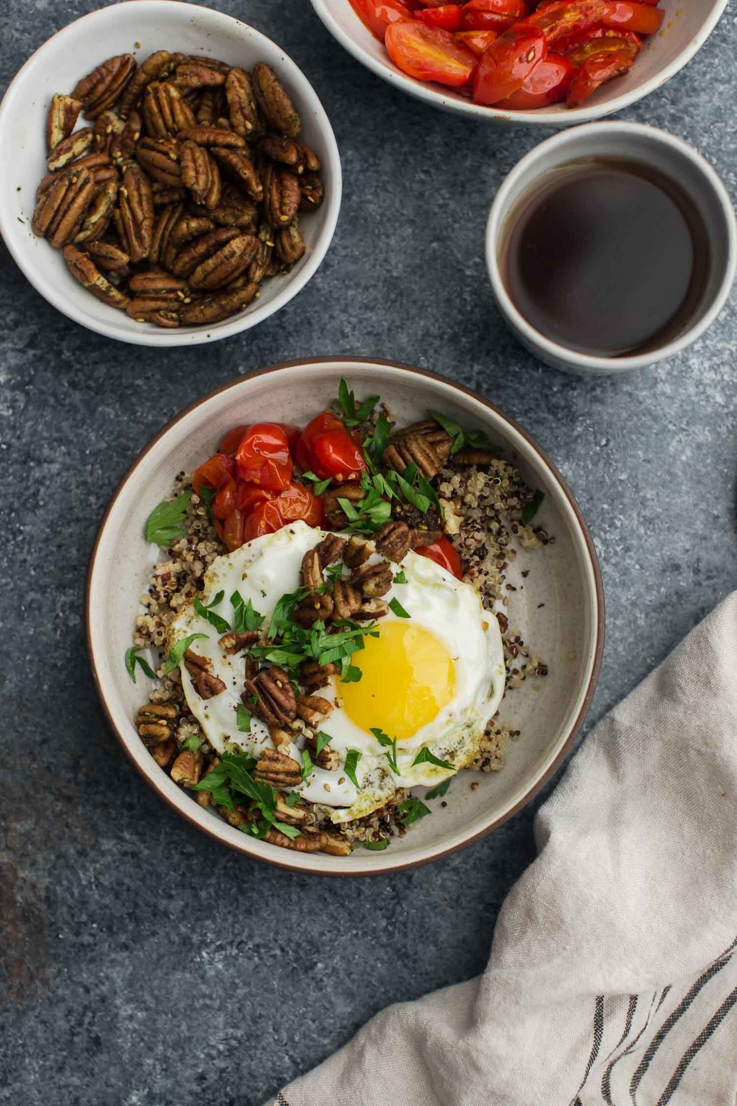 Za'atar Spiced Pecans and Quinoa Breakfast Bowl | Naturally Ella
