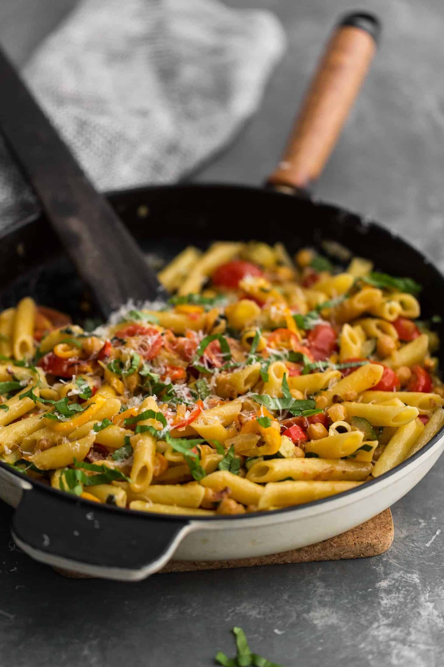 Summer Vegetable Pasta with Chickpeas   Naturally Ella