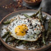 Sesame Green Beans with Quinoa and Eggs