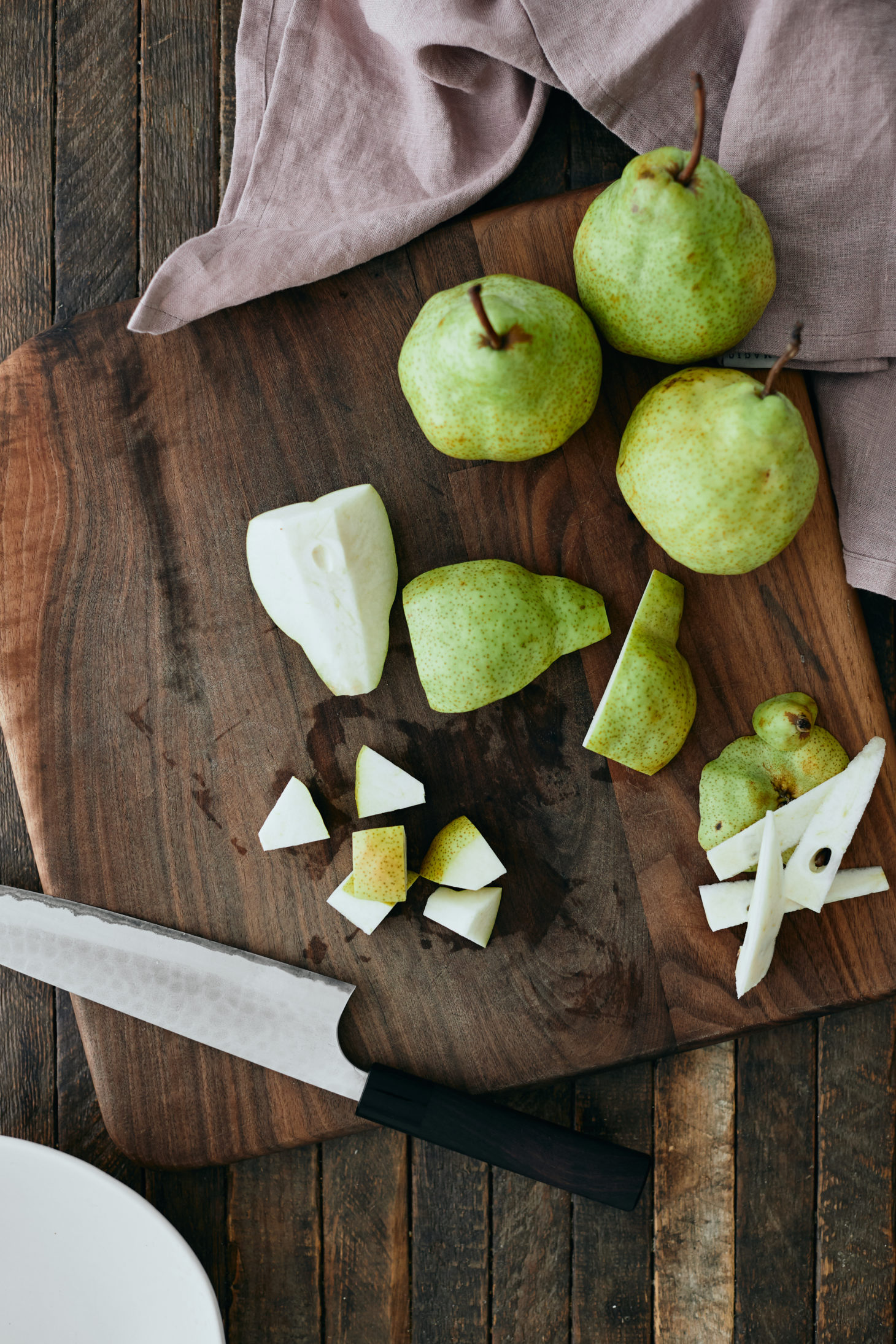 Diced green pears